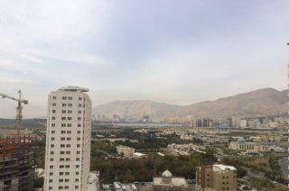 آپارتمان ۱۳۰ متری شهرک گلستان